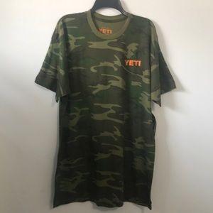 NWT Men's Yeti Camo Short Sleeve Tee SZ XL